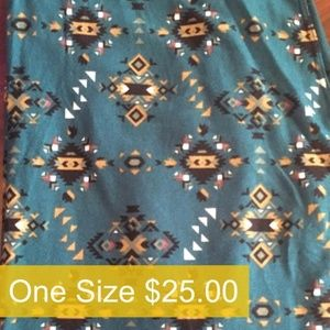 LuLaRoe ONE SIZE Leggings **NEW**